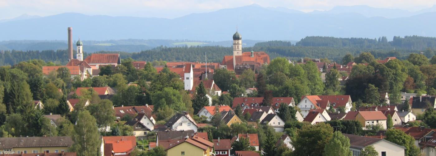 Panorama von Schongau mit Alpen im Hintergrund